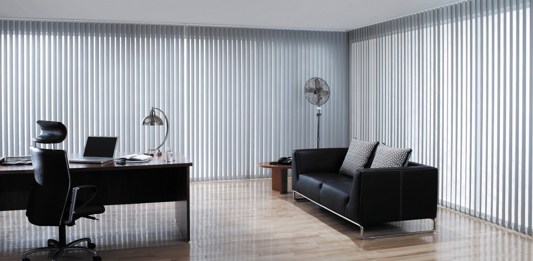 New blinds in worcester blinds direct showroom - Ideas para cortinas de salon ...
